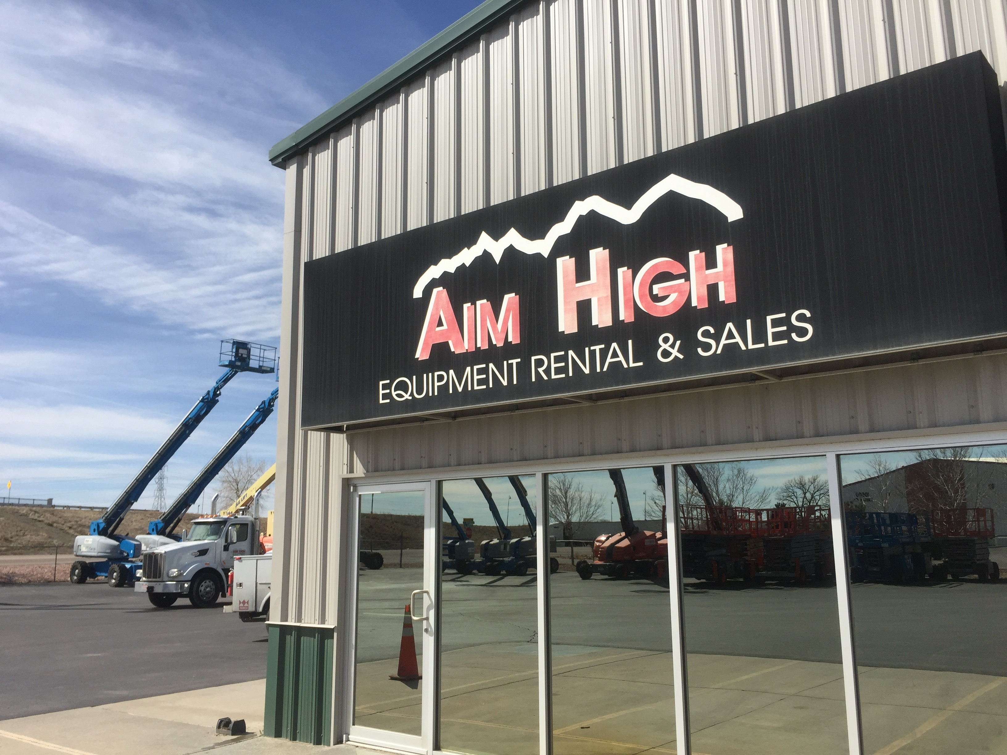 Aim High Equipment - Lift Equipment Rental & Sales