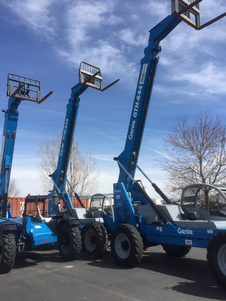 4x4 fork lifts for rent